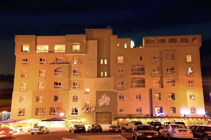 my-jordania-petra-i-okolice-aqaba-restauracja.jpg