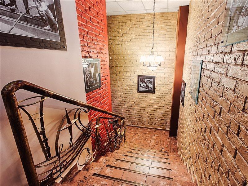 art-hotel-liverpool-ukraina-ukraina-donezk-rozrywka.jpg