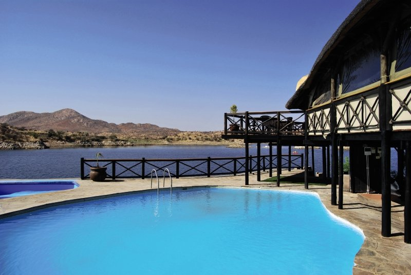 lake-oanob-resort-lake-oanob-resort-namibia-bar.jpg