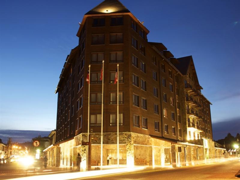 gran-hotel-colonos-del-sur-chile-chile-lobby.jpg