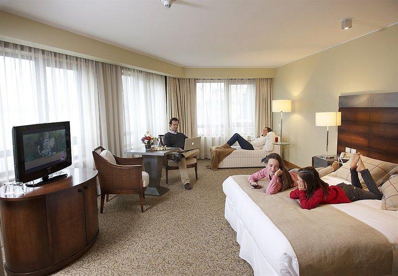 gran-hotel-colonos-del-sur-chile-chile-restauracja.jpg
