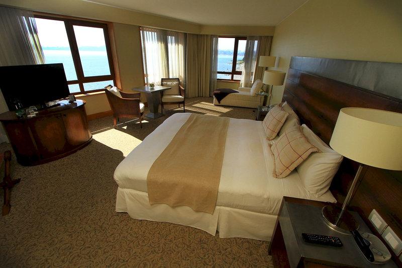 gran-hotel-colonos-del-sur-chile-wyglad-zewnetrzny.jpg