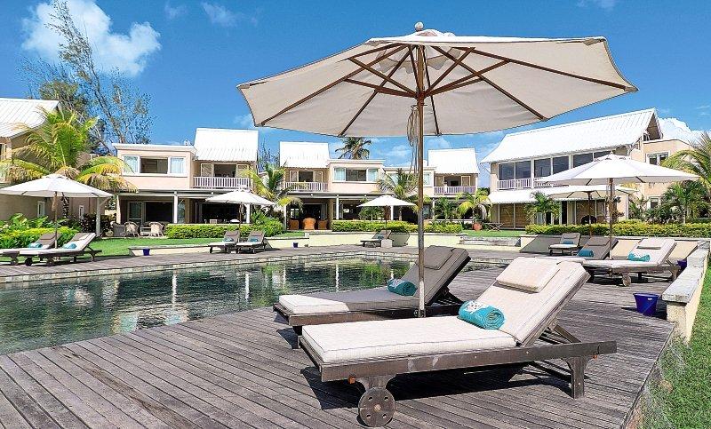 white-oaks-premium-appartements-mauritius-wybrzeze-polnocne-trou-aux-biches-wyglad-zewnetrzny.jpg
