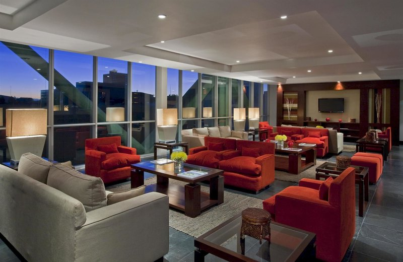 four-points-by-sheraton-los-angeles-chile-chile-los-angeles-restauracja.jpg