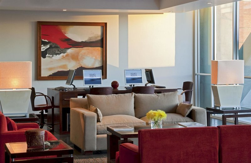 four-points-by-sheraton-los-angeles-chile-lobby.jpg