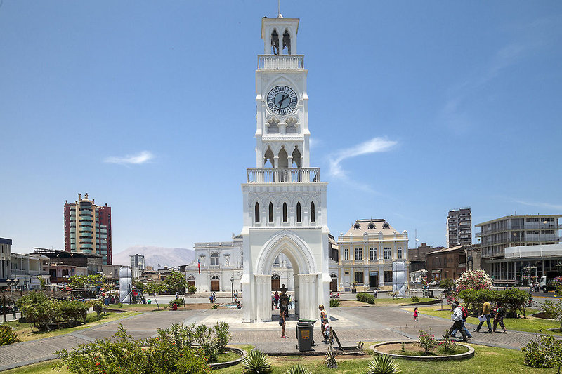 spark-suites-iquique-chile-budynki.jpg