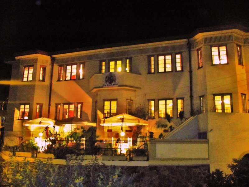the-grand-house-chile-chile-valparaiso-lobby.jpg