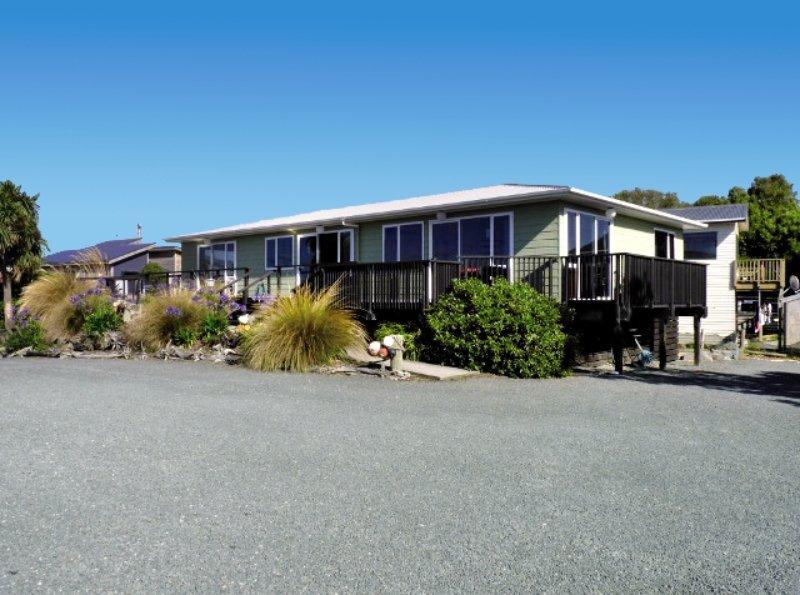 Kaka Point Motel