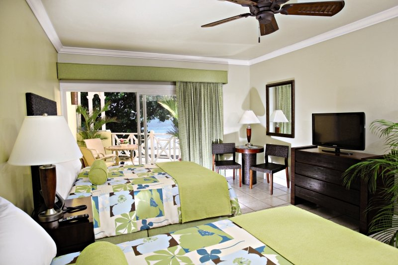 magdalena-grand-beach-and-golf-resort-trynidad-i-tobago-tobago-pokoj.jpg