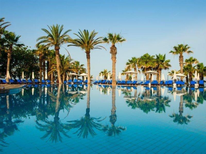 azia-club-spa-at-azia-resort-cypr-cypr-zachodni-budynki.jpg