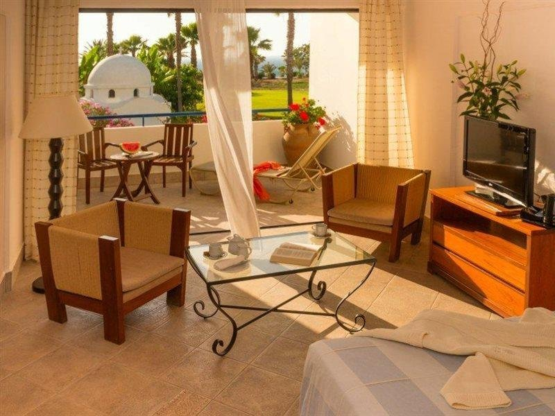 azia-club-spa-at-azia-resort-cypr-cypr-zachodni-paphos-plaza.jpg