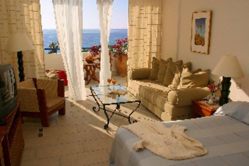 azia-blue-azia-resort-spa-azia-blue-at-azia-resort-spa-cypr-zachodni-cypr-zachodni-rozrywka.jpg