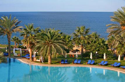 azia-blue-azia-resort-spa-cypr-cypr-zachodni-paphos-pokoj.jpg