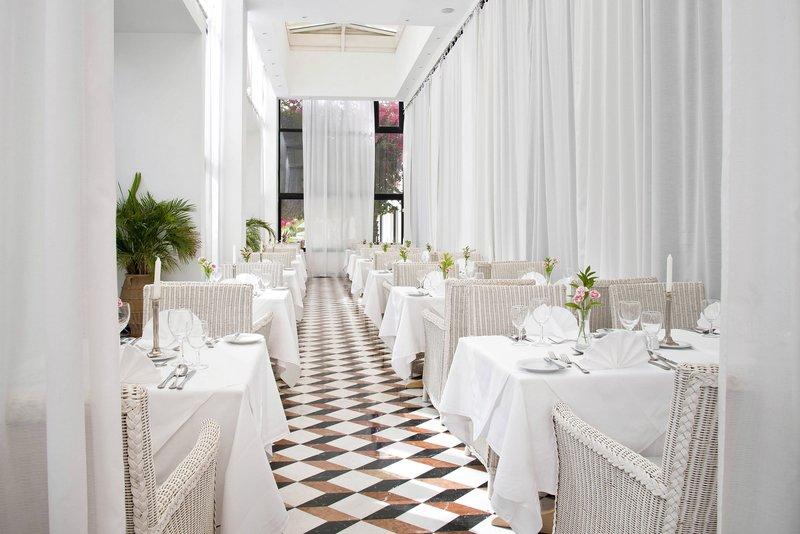 azia-resort-spa-cypr-cypr-zachodni-lobby.jpg
