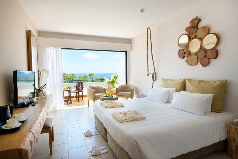 azia-resort-spa-cypr-cypr-zachodni-wyglad-zewnetrzny.jpg