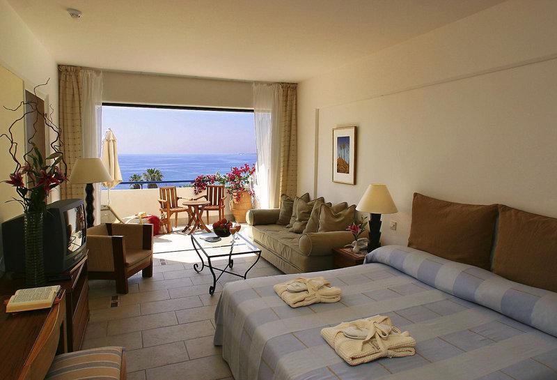azia-resort-und-spa-cypr-cypr-poludniowy-paphos-rozrywka.jpg