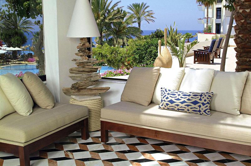 azia-resort-und-spa-cypr-cypr-poludniowy-paphos-wyglad-zewnetrzny.jpg