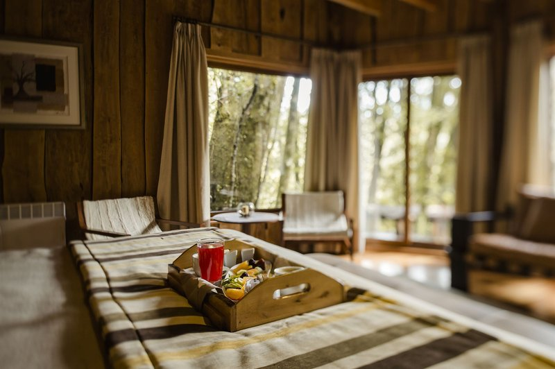 nawelpi-lodge-chile-basen.jpg