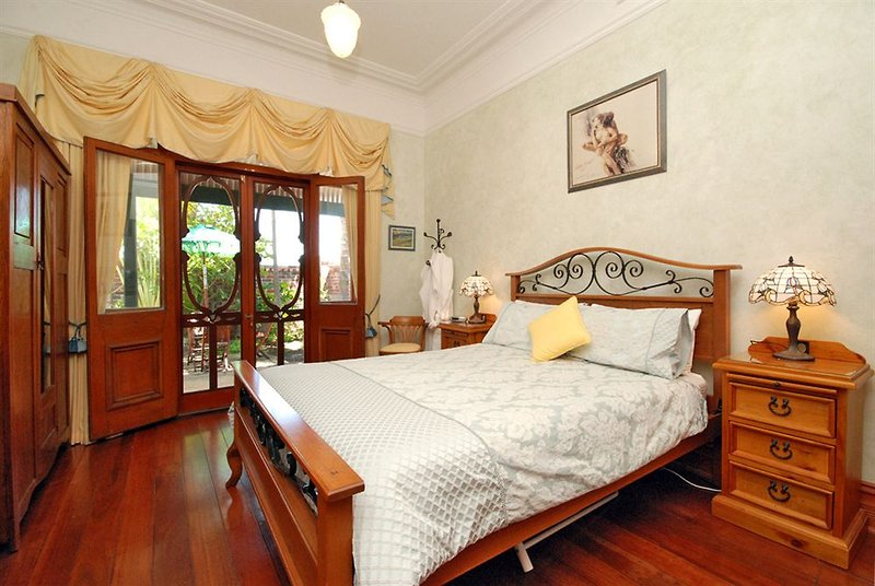 above-bored-bed-and-breakfast-australia-australia-zachodnia-perth-recepcja.jpg
