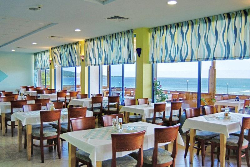 perla-beach-club-bulgaria-morze.jpg