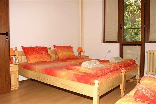 gulliver-hostel-bulgaria-sofia-i-okolice-lobby.jpg