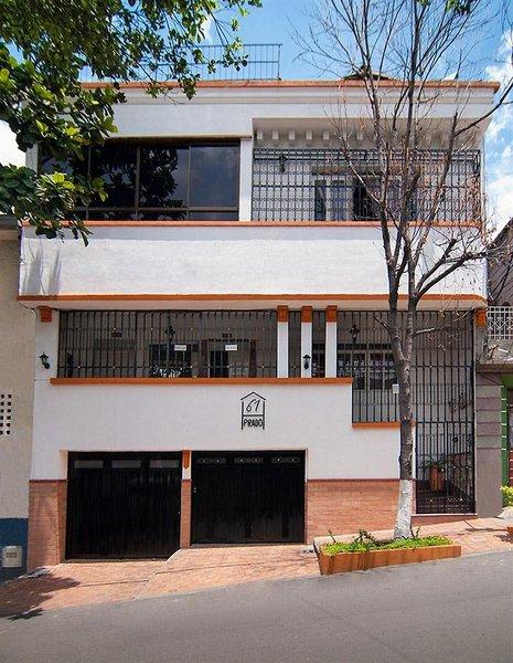 61prado-kolumbia-basen.jpg