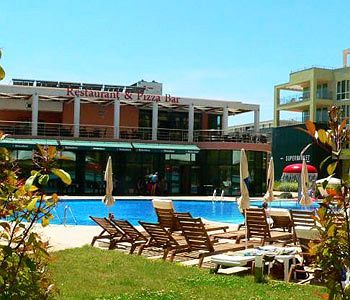 pollo-resort-bulgaria-basen.jpg