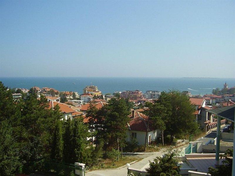 zora-bulgaria-bar.jpg