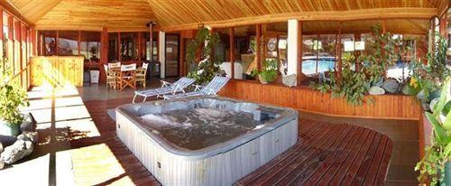 alto-villarrica-hotel-resort-chile-bar.jpg