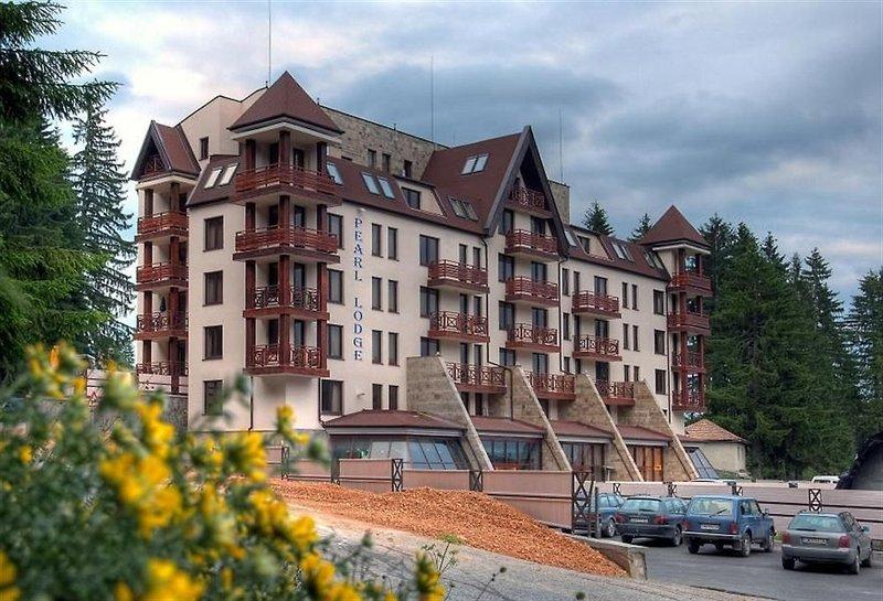 pearl-lodge-bulgaria-bulgaria-srodkowa-plaza.jpg
