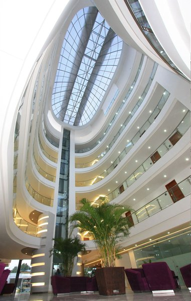 atrium-plaza-kolumbia-widok.jpg