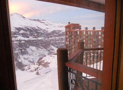 valle-nevado-ski-resort-chile-budynki.jpg
