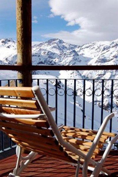 valle-nevado-ski-resort-chile-chile-valle-nevado-budynki.jpg