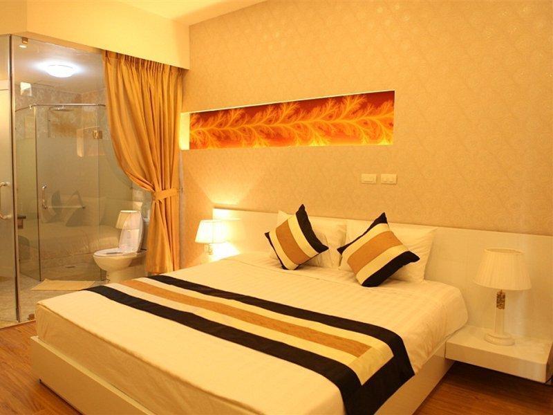 Splendid Star Suite