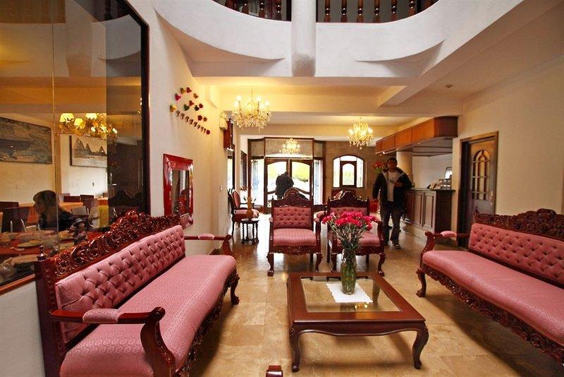 hacienda-plaza-de-armas-hacienda-plaza-de-armas-lobby.jpg