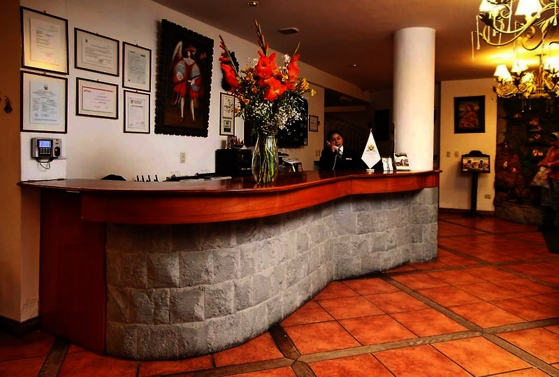 hacienda-plaza-de-armas-peru-plaza.jpg
