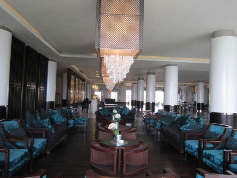 The Rich Prada Bali