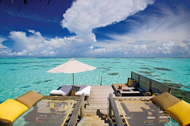 gili-lankanfushi-maldives-malediwy-atol-nord-male-nord-male-atoll-bar.jpg