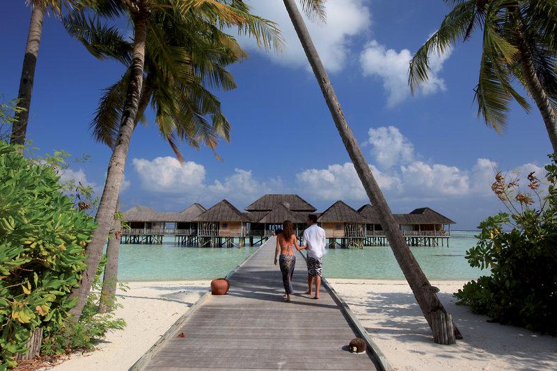 gili-lankanfushi-maldives-malediwy-atol-nord-male-nord-male-atoll-widok-z-pokoju.jpg