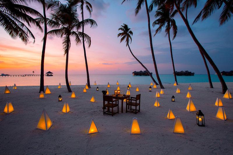 gili-lankanfushi-maldives-malediwy-atol-nord-male-plaza.jpg