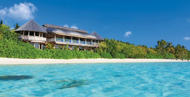 gili-lankanfushi-malediwy-atol-nord-male-nord-male-atoll-bar.jpg