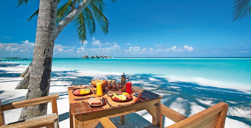 gili-lankanfushi-malediwy-atol-nord-male-nord-male-atoll-plaza-recepcja.jpg