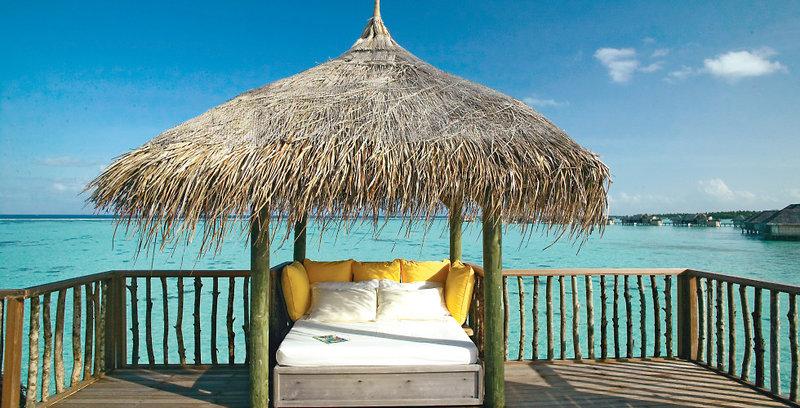gili-lankanfushi-malediwy-atol-nord-male-ogrod-bar.jpg