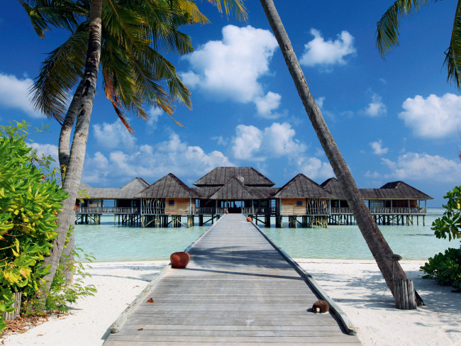 gili-lankanfushi-malediwy-budynki.jpg
