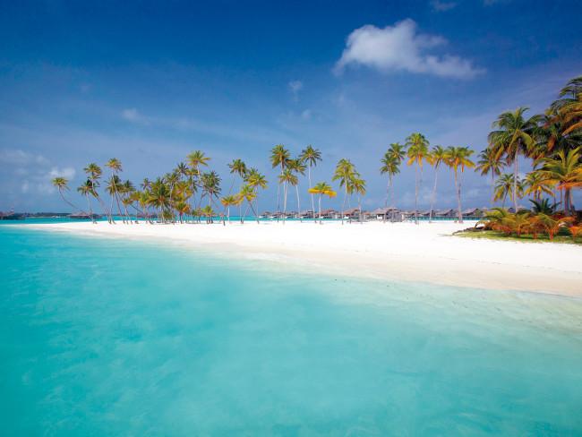 gili-lankanfushi-malediwy-sport.jpg