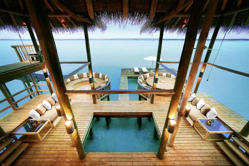 soneva-gili-malediwy-atol-nord-male-bar.jpg