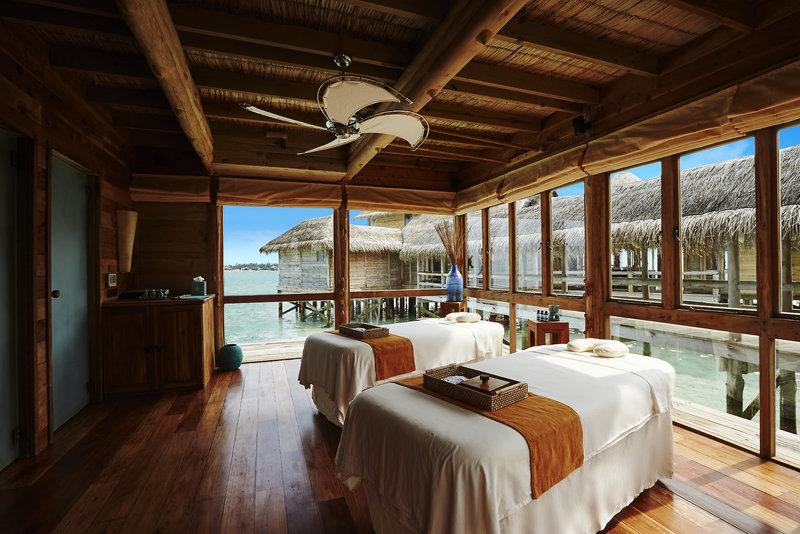 soneva-gili-malediwy-atol-nord-male-nord-male-atoll-recepcja-restauracja.jpg