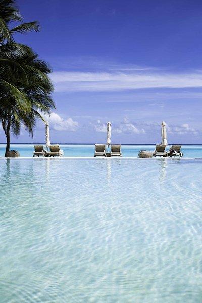 soneva-gili-malediwy-atol-nord-male-widok.jpg
