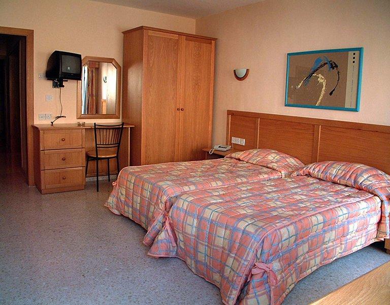 bay-view-apartments-malta-malta-sliema-bufet.jpg
