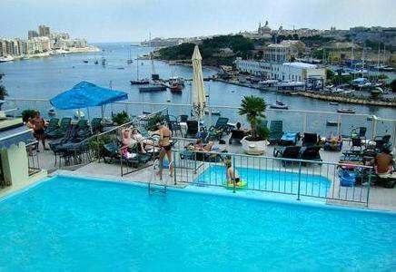 bay-view-apartments-malta-malta-sliema-pokoj.jpg